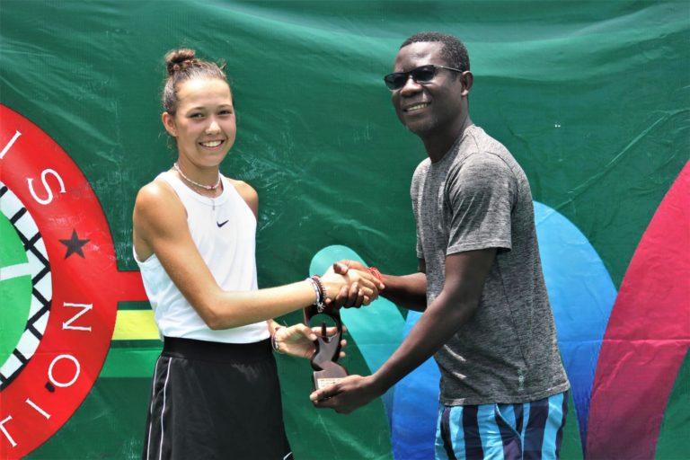 Mia Liepert: Turniersieg in Accra